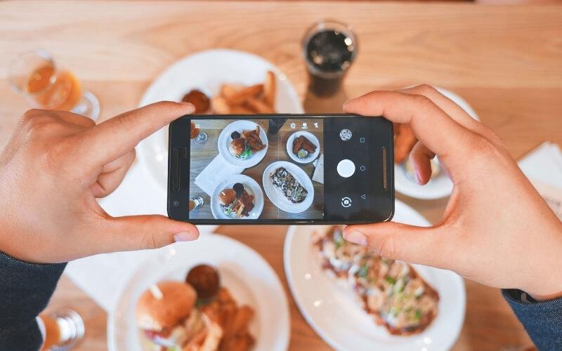 Foodie Blogger